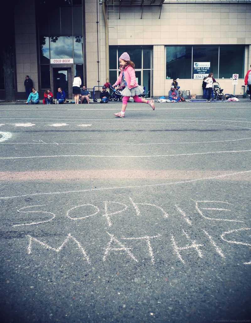 Parade2012run.jpg_effected